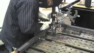 Полуавтоматическая сварка MIG MAG  Часть 2(Полуавтоматическая сварка - это серия видео-уроков, в которых американские специалисты открывают секреты..., 2014-12-10T15:33:49.000Z)