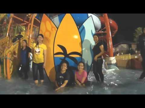 Brunei Darussalam: Jerudong Water Park at Night