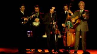 The Del McCoury Band - What A Waste Of Good Corn Liquor