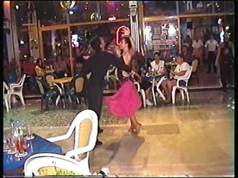 2009 Golden Beach Susan-Martin;Kiss