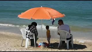 أجواء شاطئ المضيق مع تخفيف الحجر الصحي