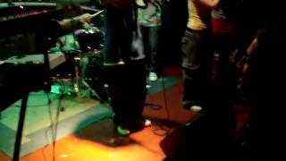 Riddimshot (cz) feat.King Kalabash live in Cross Club ... Right News Music