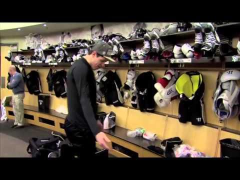 """Sidney Crosby Stick Prep and Geno: """"Where's my logo?"""""""