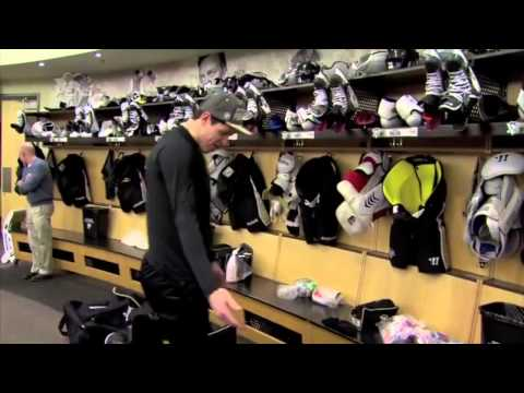 "Sidney Crosby Stick Prep and Geno: ""Where's my logo?"""