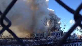 Williamsburg Brooklyn MASSIVE warehouse FIRE.  1/31/2015