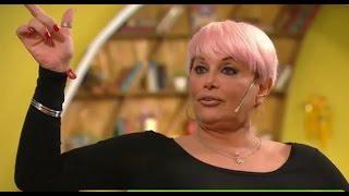 Carmen Barbieri afiló sus garras y salió al ataque