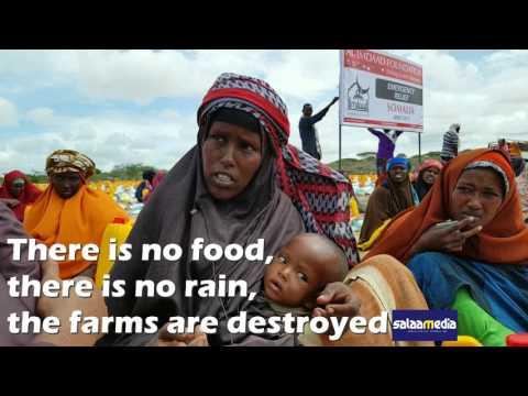 Walking +100km for food in Somalia