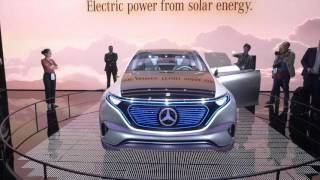 Mercedes Benz EQ Concept // Париж 2016 // АвтоВести Online