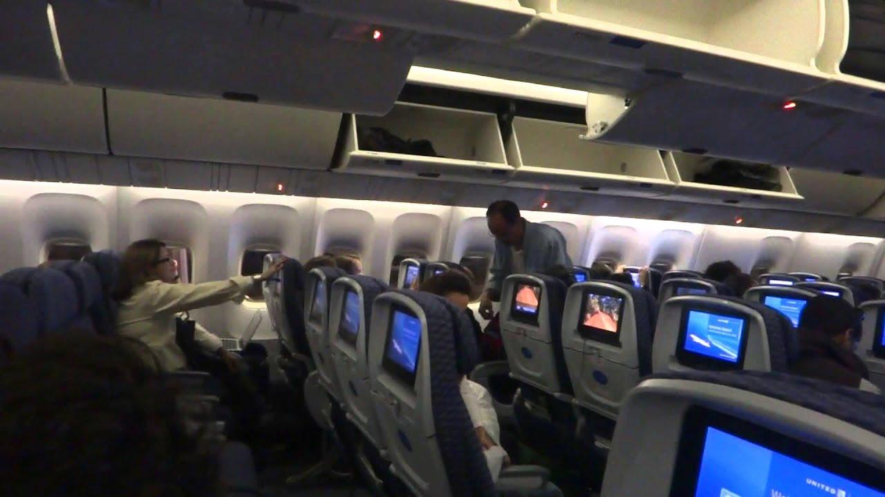 United Economy Plus Boeing 767 400er Seat 22l Youtube