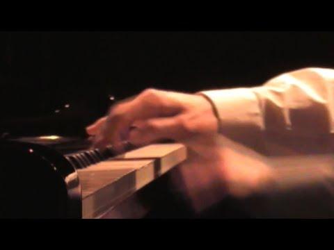 """Playing Love"" - Ennio Morricone - piano solo by Daniele Mele"