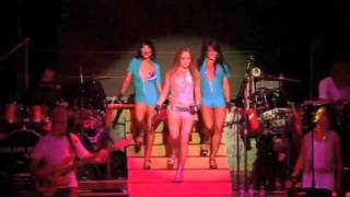 Hilary Duff - Play With Fire (Live) Dignity Tour