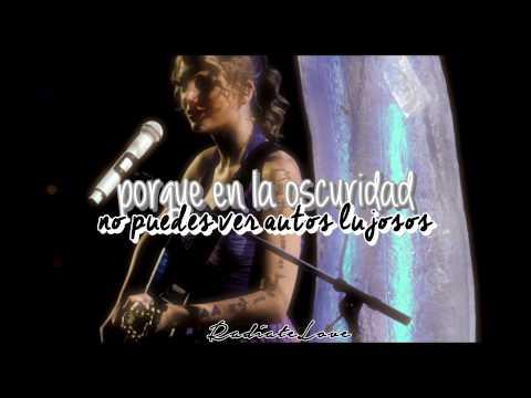 Umbrella {traducción al español} cover Taylor Swift.