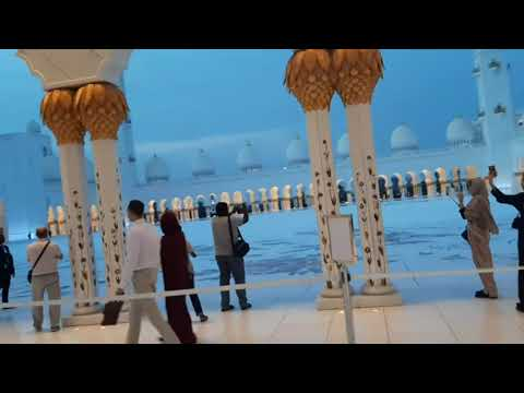 Biggest mosqu in abudhabi #dubai #beauti #shaik zayed grand mosque