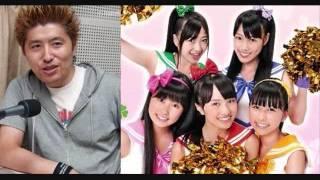 プロインタビュアーの吉田豪さんが、大人気の女性アイドルグループ「も...