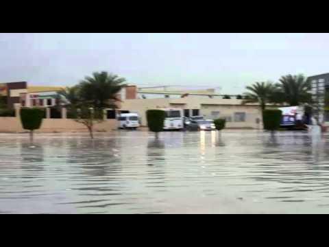 Сильные дожди в Дубае