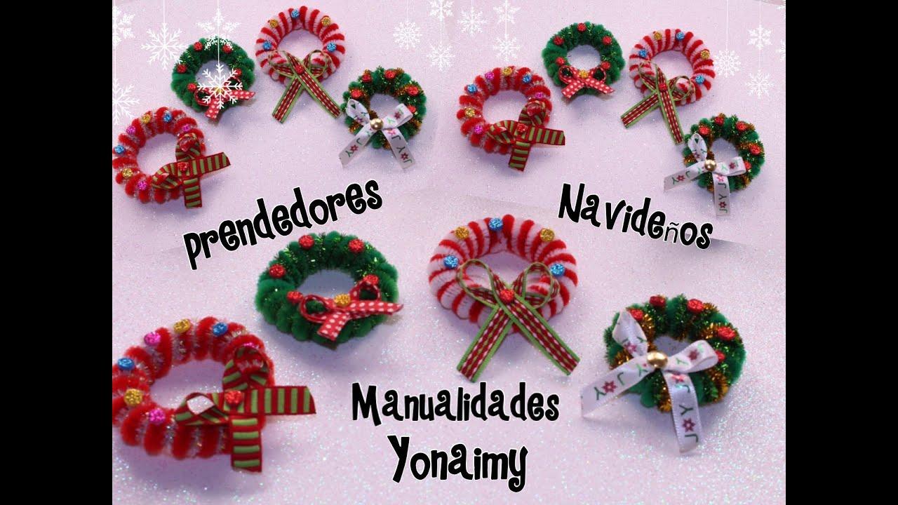 Coronas navide as hechas con limpia pipas para usar como - Como hacer decoraciones navidenas ...