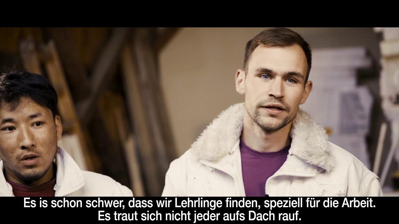 Wir brauchen unsere Lehrlinge! Clip #2 von Hilde Dalik, Michael Ostrowski, Mutterschifffilmyoutube.com