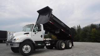 2006 International Dump 3 Axle 7500 / Charter Sales - u10439