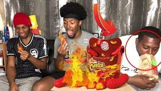 Burger King Flamin' Hot Mac N Cheetos | Eating challenge