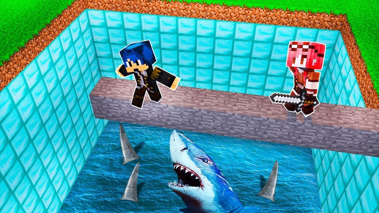 Download Minecraft ITA - NON CADERE NELLA PISCINA DI SQUALI!!
