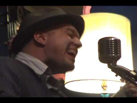 Sharktopus - Davy Ray Bennett w/ Rich Wagor on Bass