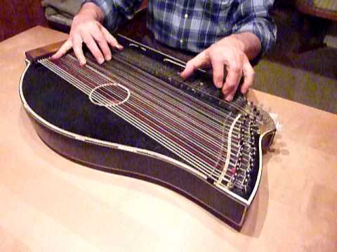 "Zither ""Der Dritte Mann"" virtuos! / The Harry Lime Theme at it"