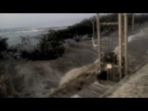 VIDEO DETIK DETIK TSUNAMI YANG TERJADI DI PALU