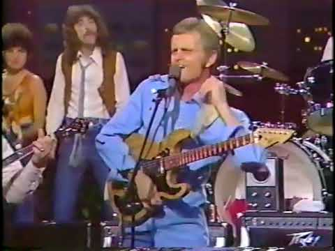 Jerry Reed -  Gimme Back My Blues (Live 1982)
