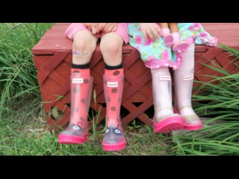 AMERICAN GIRL WELLIE WISHER BOOTS & SOCKS!! | INtoyreviews