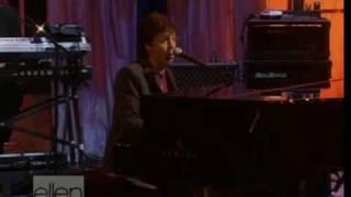 Paul McCartney - Fine Line (live Ellen Show 2005)