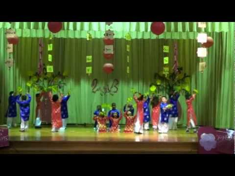 Mua Xuan Cua Be - Stafford Primary School -