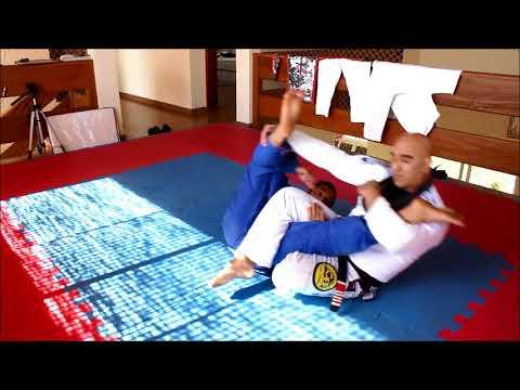 Feu Bjj - Jiu Jitsu Tecnicas exelentes Para Raspar ,Finalizer e Sair Da Montada