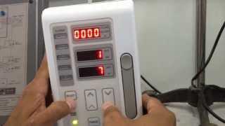 فيديو توضيحي لكيفية فحص معدل التدفق والحجم المدفوع في جهاز مضخة السوائل
