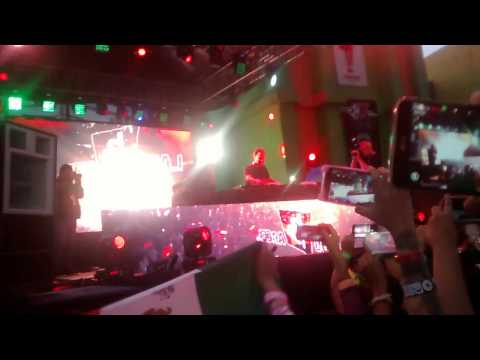 Intro Show Case Dash Berlin Six Flags 31/07/15 ❤