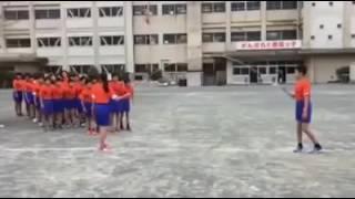 Урок физкультуры в Китае