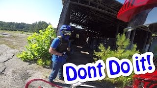 Dont go in THERE! | Dual Vlog ADVENTURE!