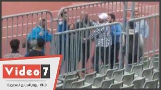 حسام حسن يشتبك لفظيا مع جماهير الزمالك بعد موقعة برج العرب