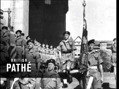 Image result for BRITISH SOLDIERS MARCHING TO GATEWAY OF INDIA 1947