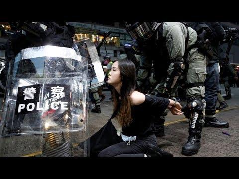 陈破空:网民盛赞前总书记夫妇!习近平人心尽失。第一夫人行踪成谜。香港美少女从容大义