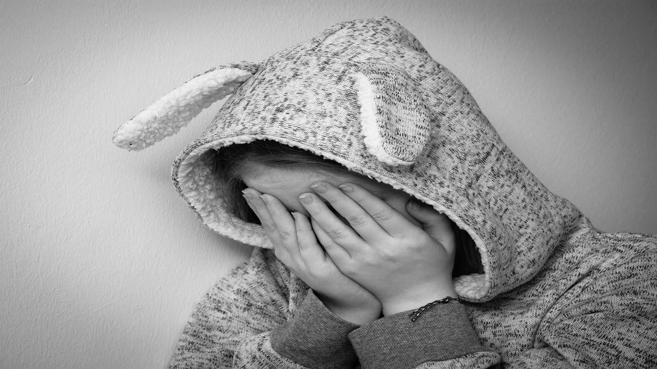 ☢ בול פגיעה -  אחרי התיעוד של הגננת כרמל מעודה מתעללת בפעוטות הרב יונתן בן משה מגיב