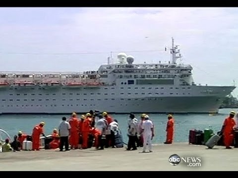 Webcast: Cruise Ship Arrives in Seychelles
