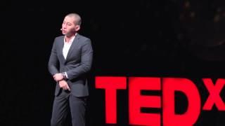 一堂從「居住正義」談起的公民思辨教育 | 黃益中 I-Chung Huang | TEDxTaipei