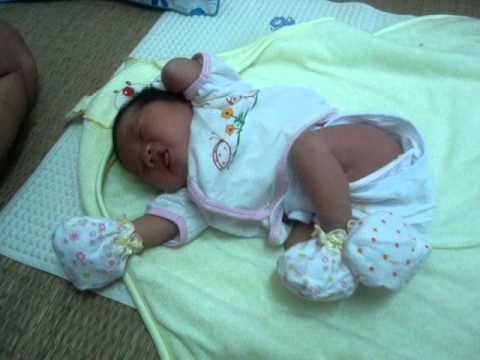 Xuân Quỳnh sanh em bé đã về nhà ngày 15-6-2011.MPG