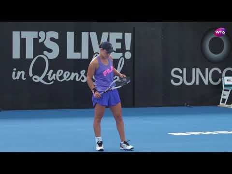 Ashleigh Barty Practice - Brisbane 2018