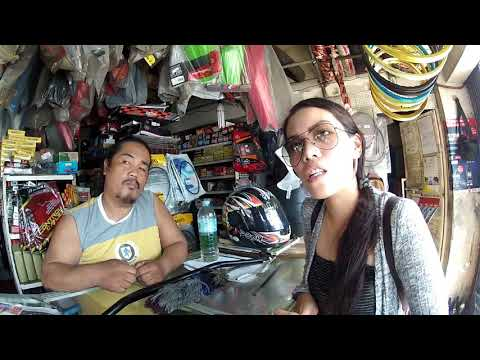 Foreigner tries to drive in Cebu city, Philippines..(honda RS 150)