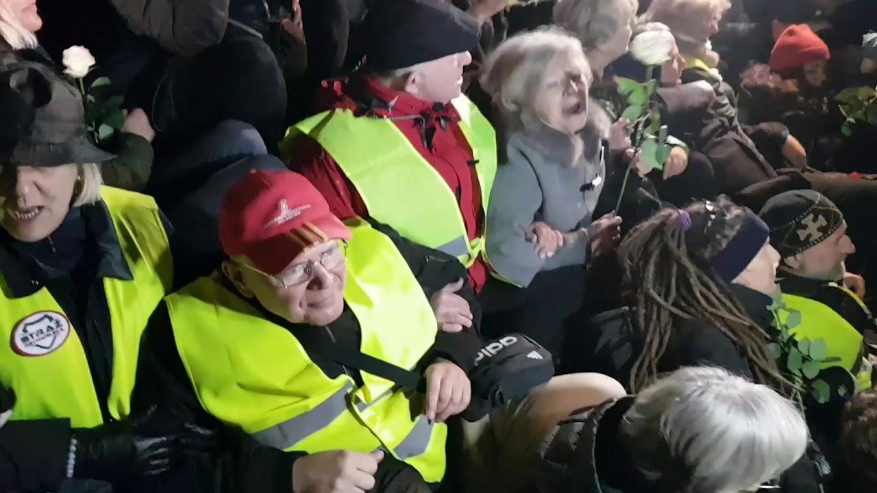 """Zatrzymania """"Obywateli RP"""" podczas Miesięcznicy Smoleńskiej 10.10.2017r."""