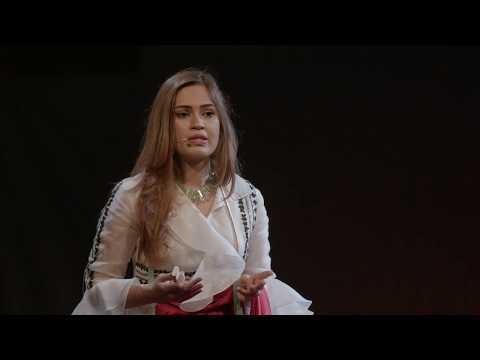 Creating a Chain of Low-cost Private Schools in rural India | Ekta Sodha | TEDxRuhrUniversityBochum