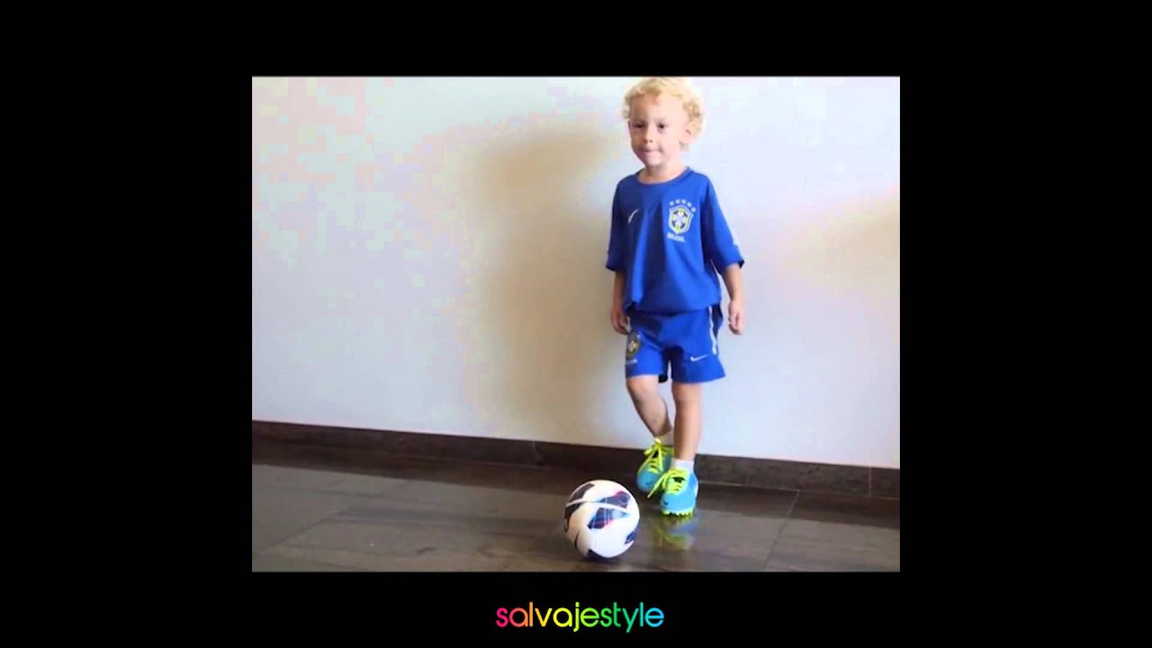 Neymar Jr filho joga pra mim papai - YouTube
