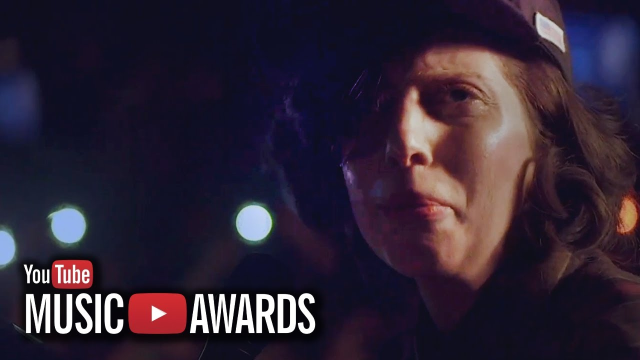 Lady Gaga Crying Dope Performance 2013 Youtube Music Awards Youtube