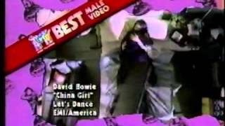 Go-Go's Belinda Carlisle & Kathy Valentine present award @ MTV VMA's 1984